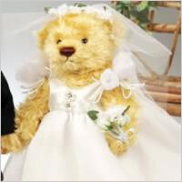 お二人の衣裳を着せた世界に一つだけのベア(ウェディグドレス):アニバーサリーベア(ウェディング)の写真